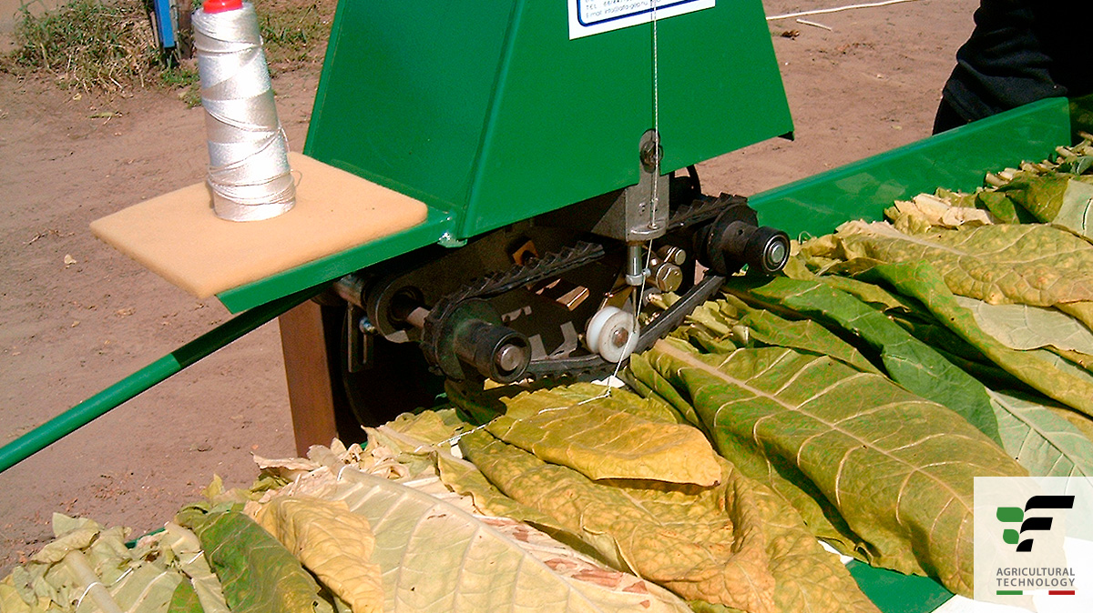 Tobacco Sewing Machine Mod C485 Fedele Mario